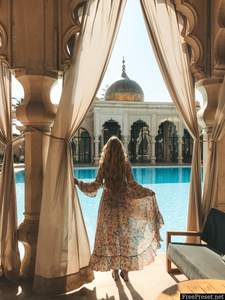 Pilot Madeleine - Morocco Desktop & Mobile Presets