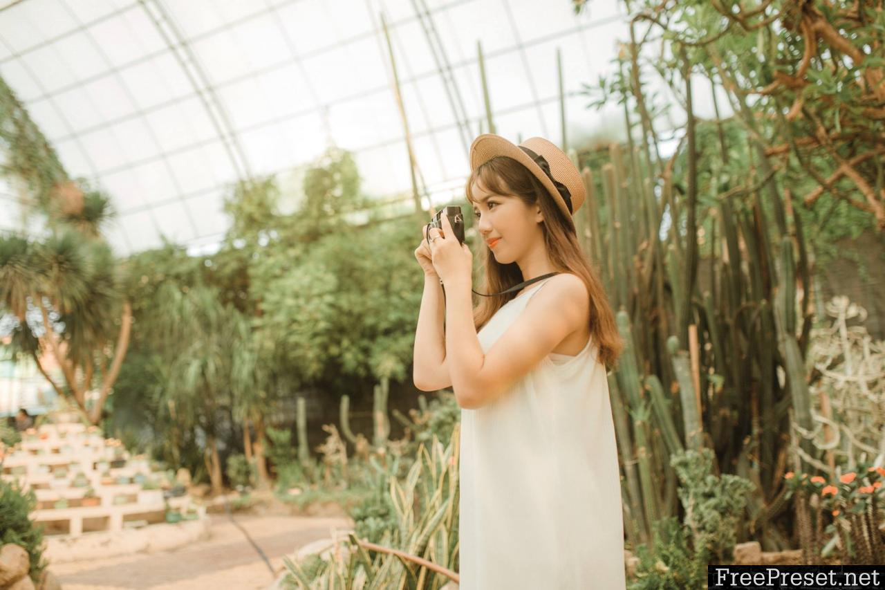 Denis's Collection 4 – Girl and cactus lightroom preset